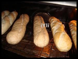 Am incalzit painea la cuptor.