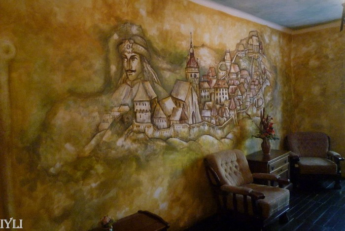 Sighisoara. Pictura in casa in care s-a nascut Vlad Tepes.
