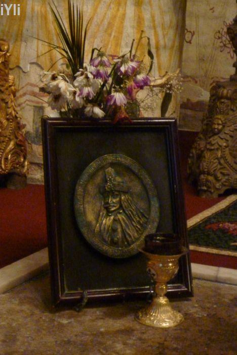 in biserica din Snagov